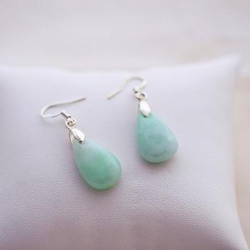 Boucles d'oreilles en jade goutte d'eau