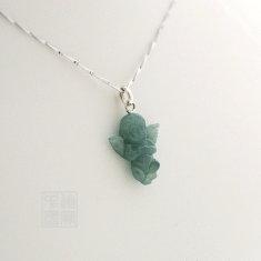 Pendentif ange de jade vert impérial
